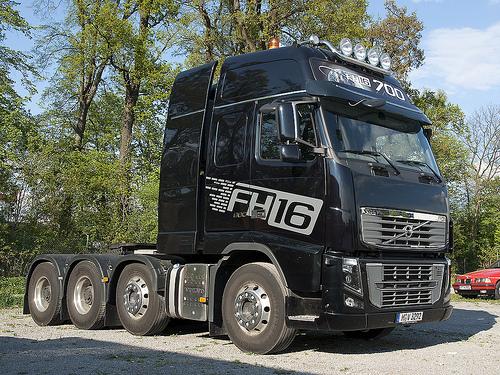 fotos de camiones volvo fh16-4