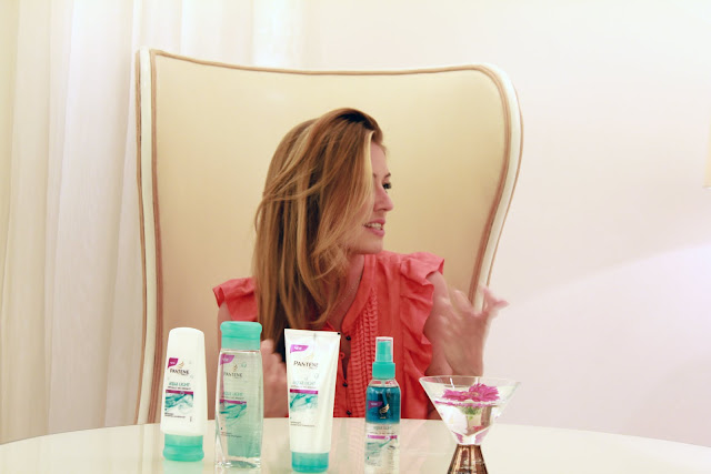 Cat Deeley Pantene Pro-V Aqua Light