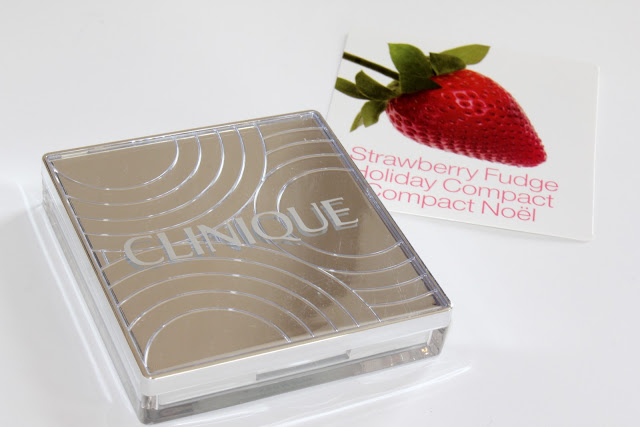 Clinique Holiday 2010 Strawberry Fudge Compact