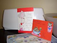 Nooran ja Jukan kortti kehottaa nauttimaan suklaaputkesta ystävänpäivän kunniaksi!