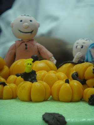 woodstock on the great pumpkin charlie brown cake