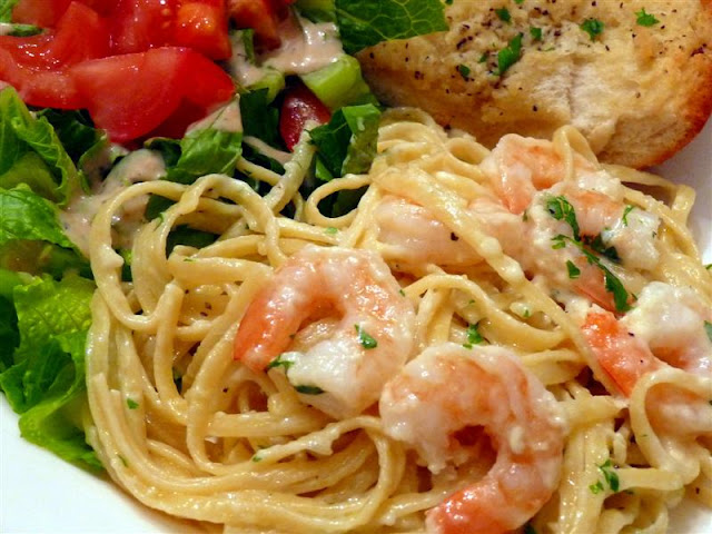 shrimp chicken linguine fettuccine Alfredo Pasta