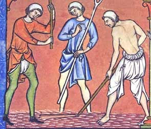 Medieval underclothes image copyrighted by Medieval News