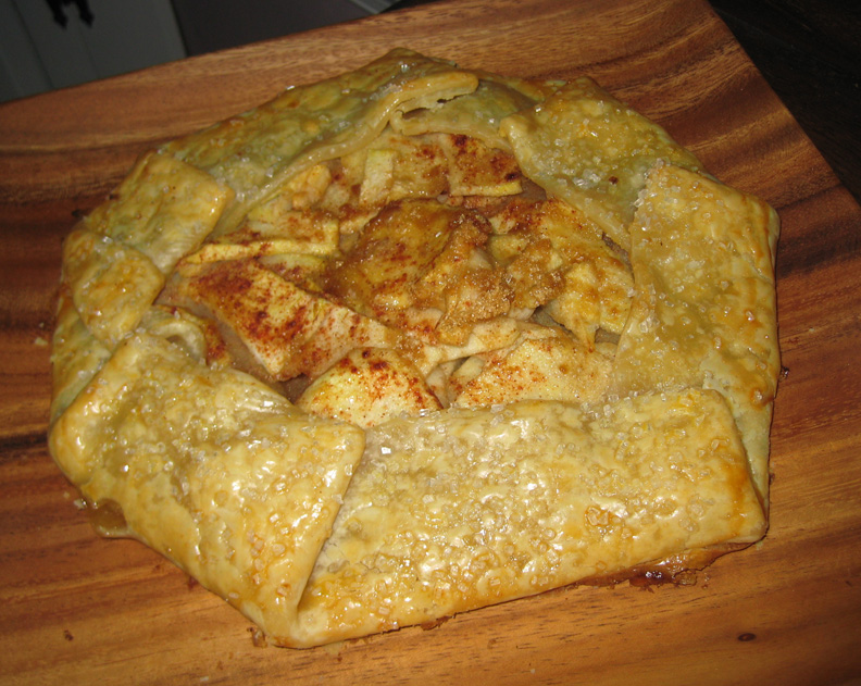 minxeats - recipes, recaps, and restaurant reviews: Easy Apple Galette