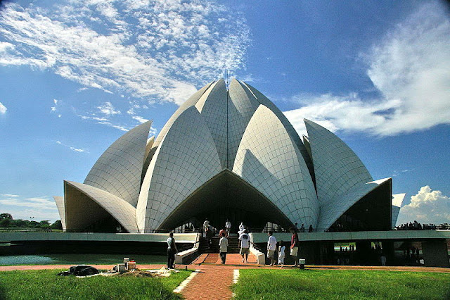 The Lotus Temple - El Templo de Lotus