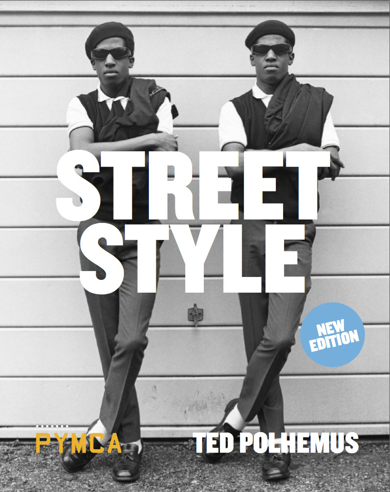 Streetstyle%2Bcover med Daisy Lowe and Jaime Winstone. Miquita Oliver playing Playstation Move