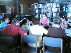 Docentes de Confines, formando su proyecto Lector.