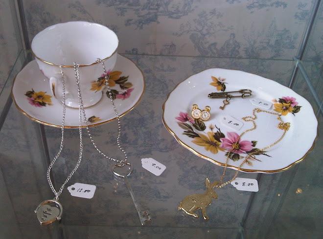 LoveHearts&Crosses Wonderland Jewellery