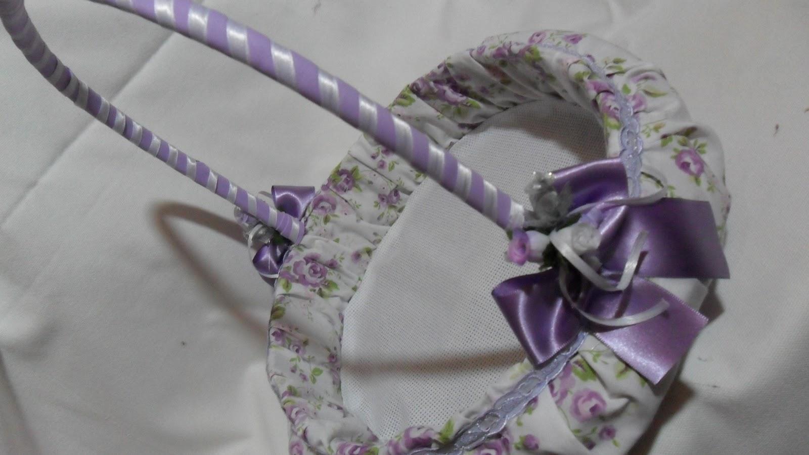 Mundo Encantado do Artesanato Cesta decorada com tecido