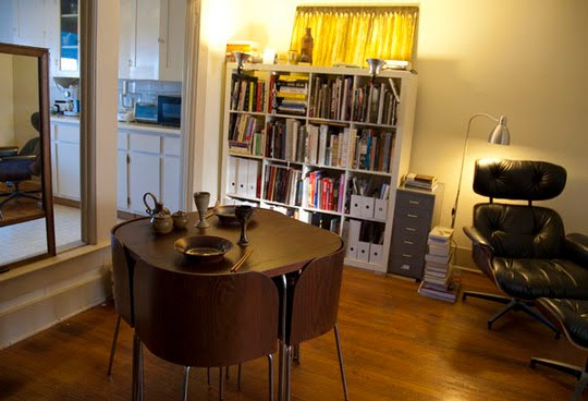 Down and out chic interiors small space solutions for Small dining room solutions