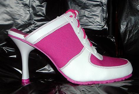 [pink+sneaker+2JPG]