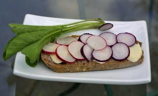 radish+sandwich+01 Radish Sandwich   Never Doubt the French