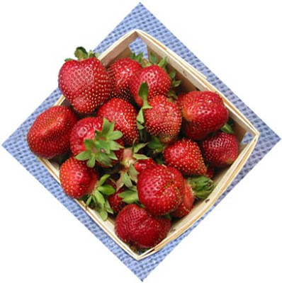 Strawberries+in+Basket Sweet Yorkshire Pudding for Summer Visitors