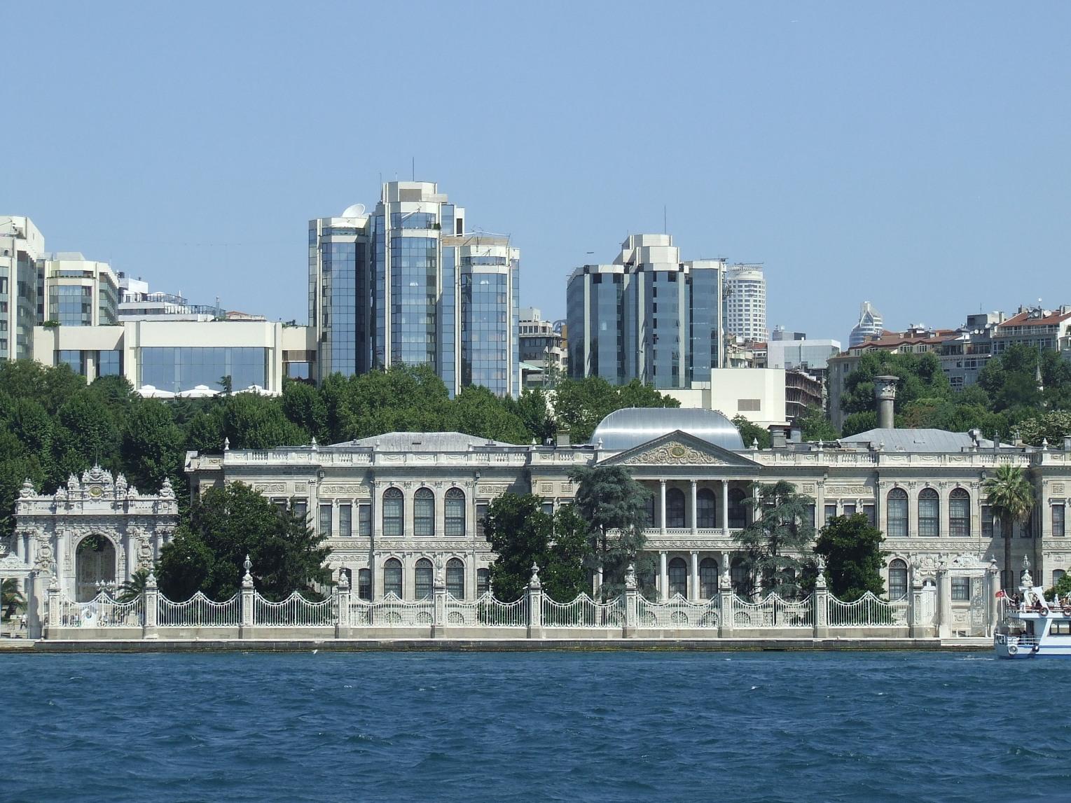 Palatul Dolmabahce Istanbul resedinta ultimilor sultani DSCF2542