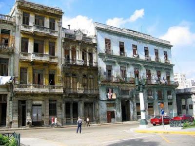 ¿Castristas y anticastristas en este foro saben de lo que hablan? Habana-ruinas-11