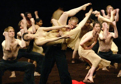 "Tanztheater Wuppenthal's company dances Bausch's ""The Rites of Spring"""