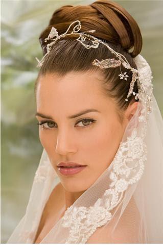 Tocados para novia de blanco belmonte mil peinados - Lo ultimo en peinados de novia ...