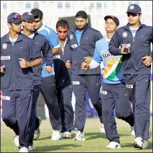 http://2.bp.blogspot.com/_1T-KsLoltpY/RgKLiHmVzoI/AAAAAAAAAUU/a9s_z-QNhos/s320/514734_indian_team_10_300.jpg