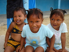 Kuna Girls - Nargana
