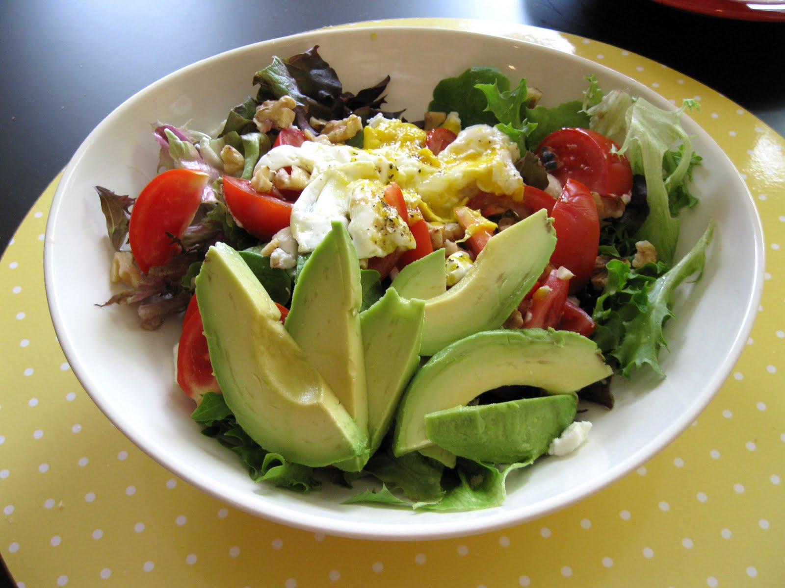MARI NOT-SO-BLAND: Avocado Goat Cheese Salad with Fried Egg