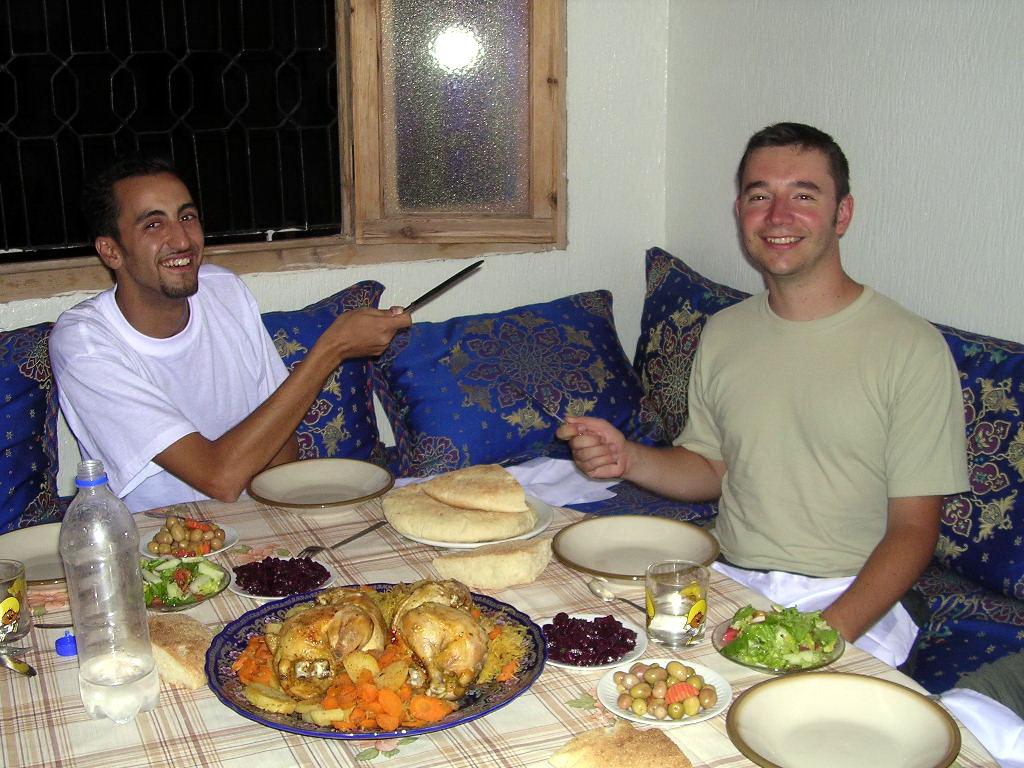Papilles et mirettes repas en famille au maroc for Idee repas convivial en famille
