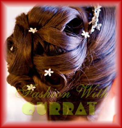bridal hairstyle that you will find in almost all the Indian weddings,