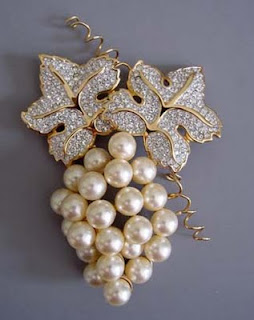 brooch 4 - Unique and Beautifull Looking Brooches