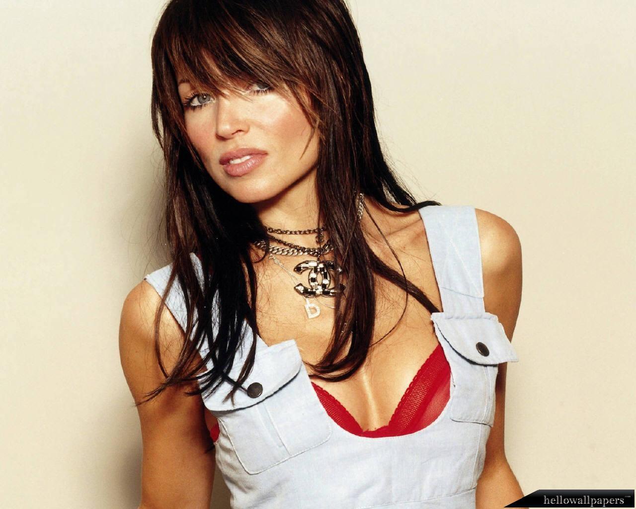 http://2.bp.blogspot.com/_1VIIu3Zv-cw/S7CId3q4f5I/AAAAAAAAEug/DDzAc2rC-E8/s1600/Dannii-Minogue-001.jpg