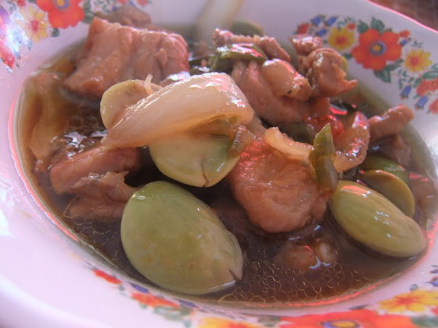 sataw beans stir fried with pork