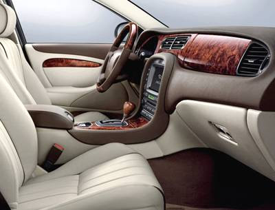 2008+Jaguar+S-Type+interior.jpg