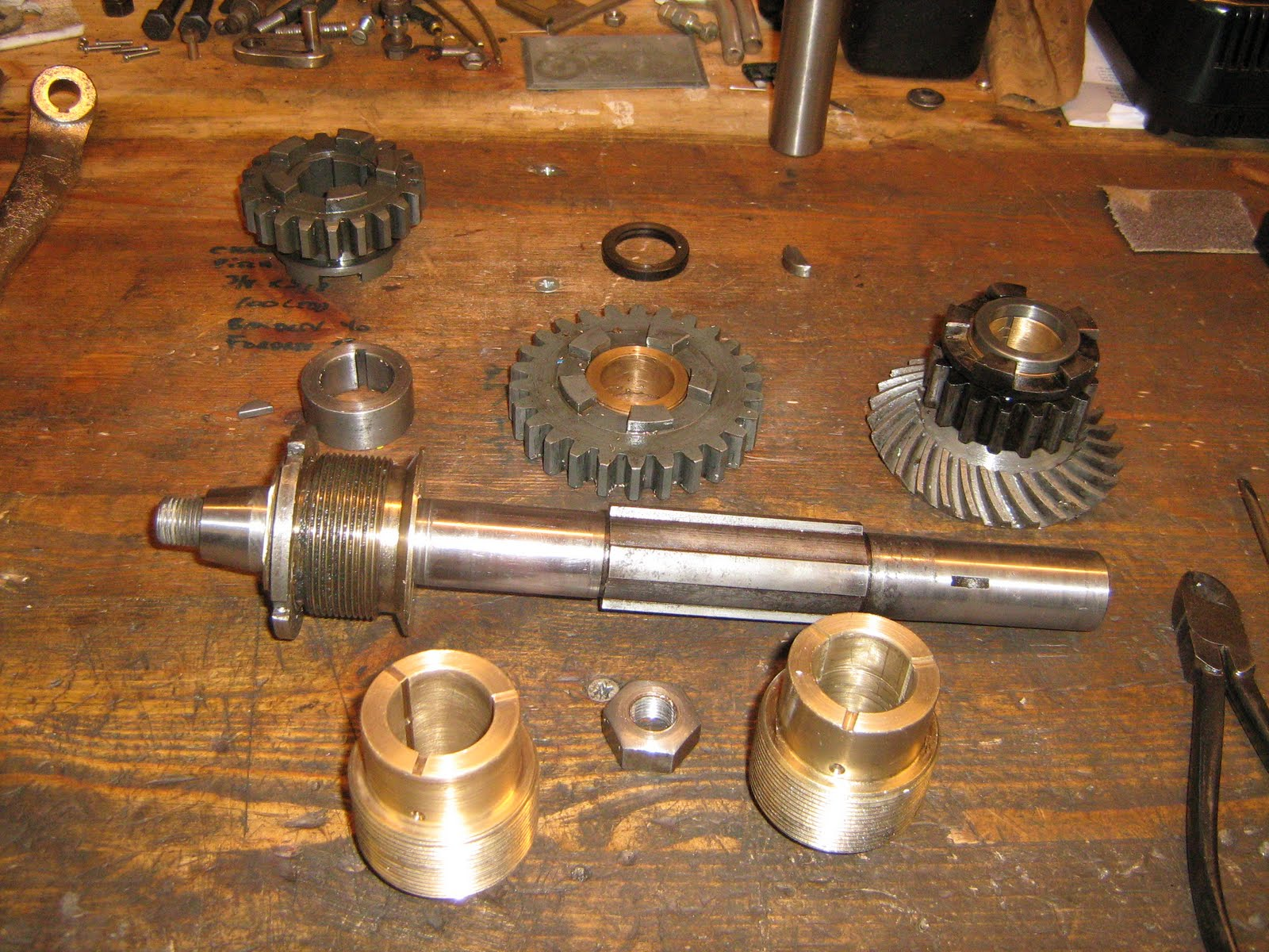American Motorcycles Norway Henderson De Luxe Gear Box Of Motorcycle Gearbox Output Shaft With Bewel And The Fued Bushing Next To New One