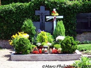 หลุมศพ ของ อันเนลีส มิเชล