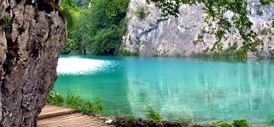ทะเลสาบ ที่ สวยที่สุดในโลก
