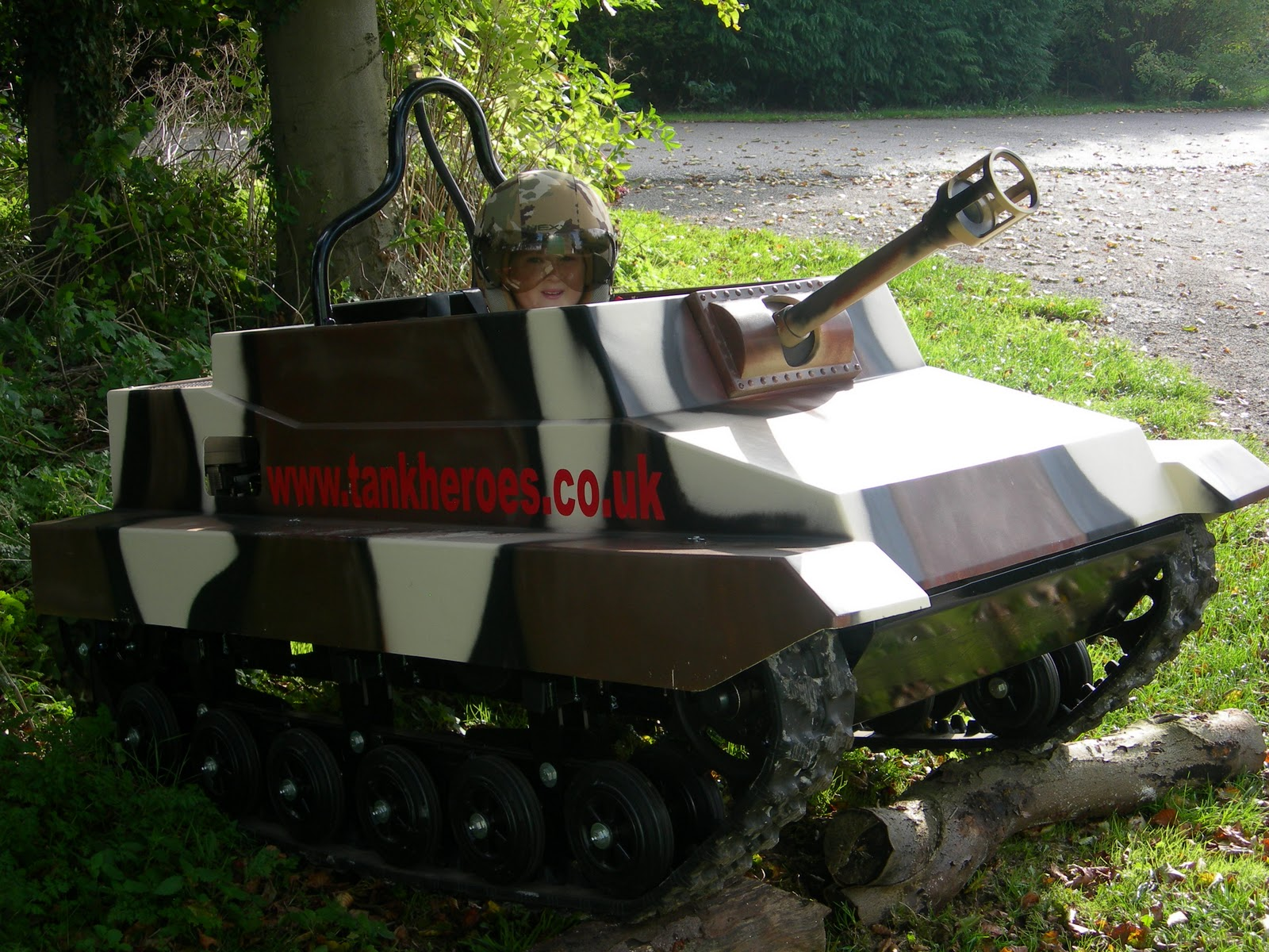 tank heroes mini tanks more of the amazing mini tanks. Black Bedroom Furniture Sets. Home Design Ideas