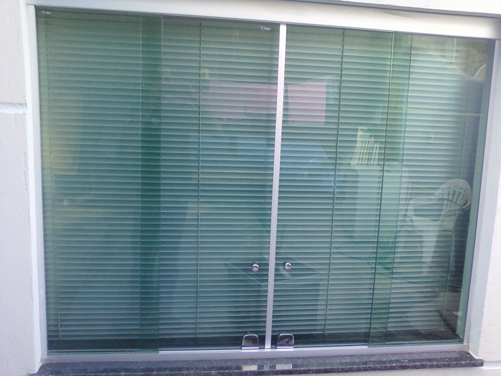 #3C4D61 janela blindex kit aluminio natural fosco vidro verde com ferragens  504 Janelas E Portas De Vidro Verde