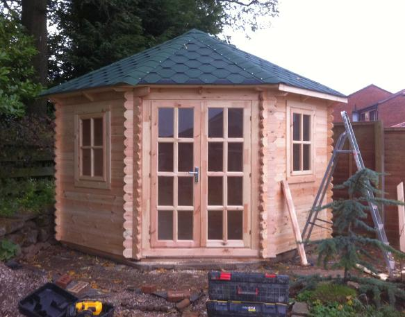 Strathaven log cabin installation garden office assemby for Garden offices for sale scotland