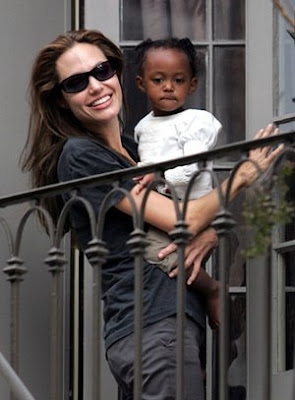 facts on angelina jolie