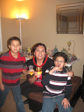 MIS BELLOS SOBRINOS NEW YEARS2009