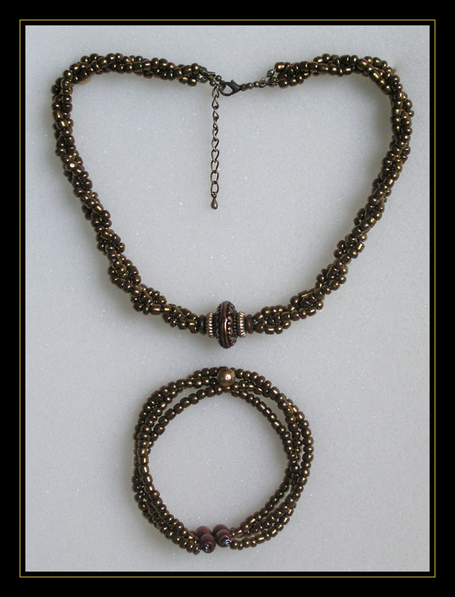 Bronze Choker and Bracelet (art.2.5)