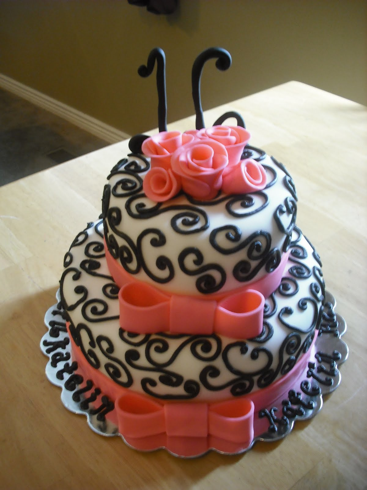 Cake Designs For Sweet Sixteen : Sprinklebelle: Sweet 16 Cake