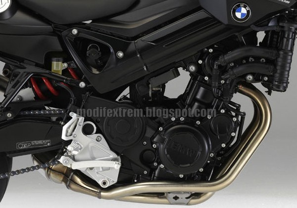 NEW BMW F800R Chris Pfeiffer