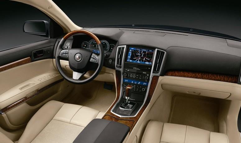 2010 Cadillac SLS interior