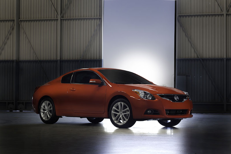 2011 New Nissan Altima