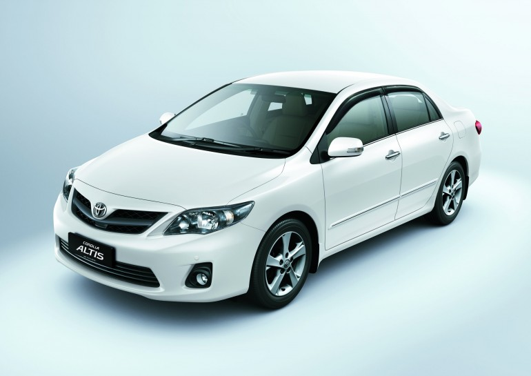 Home » New Toyota Corolla Altis Sedan To Debut In 2013