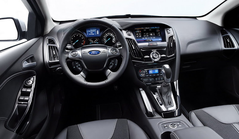 2012 Ford Focus SE Titanium Interior