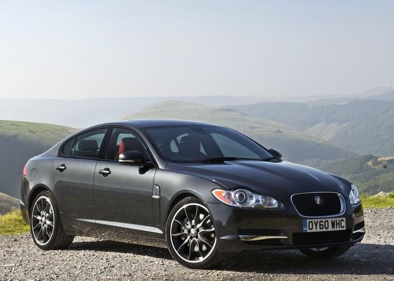 2011 Jaguar XF Black Pack