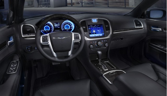 Chrysler 300 Hybrid Interior
