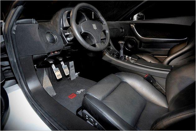 2011 Lamborghini Spano GTA Interior