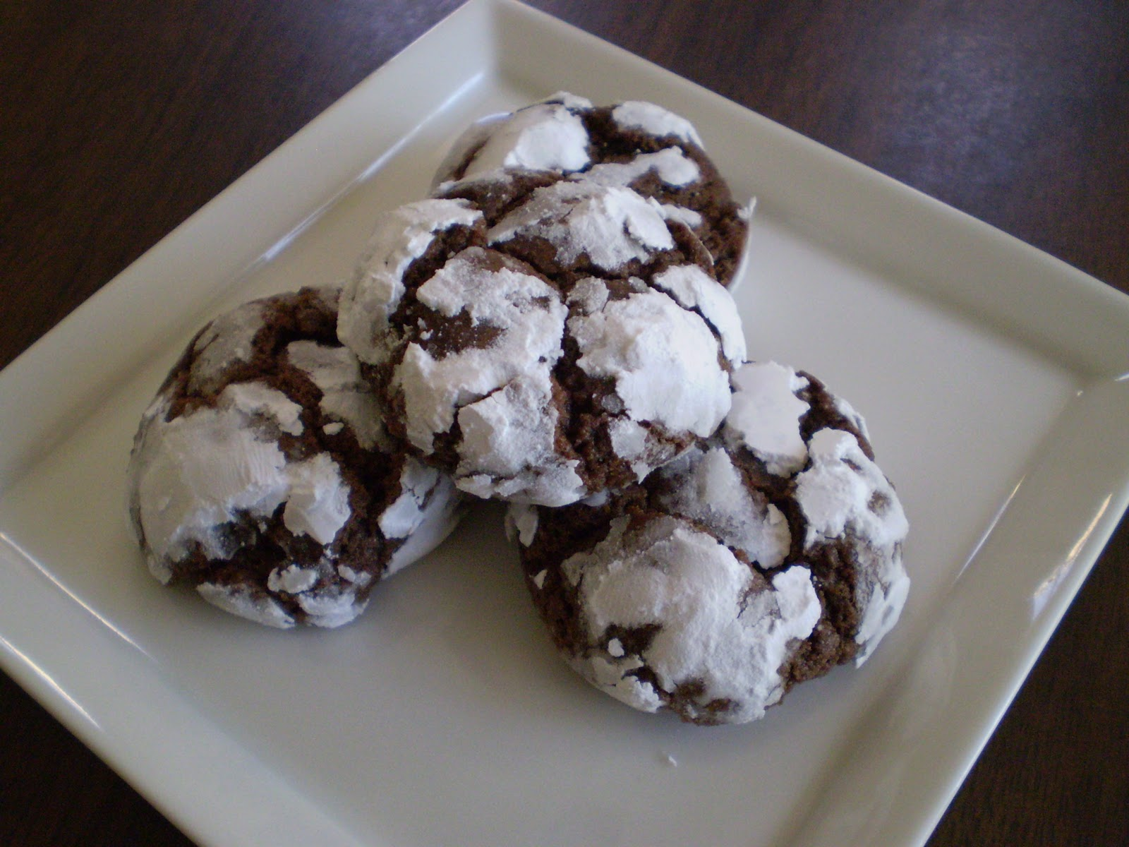 Chocolate Crinkle Cookies makes 24-30 cookies