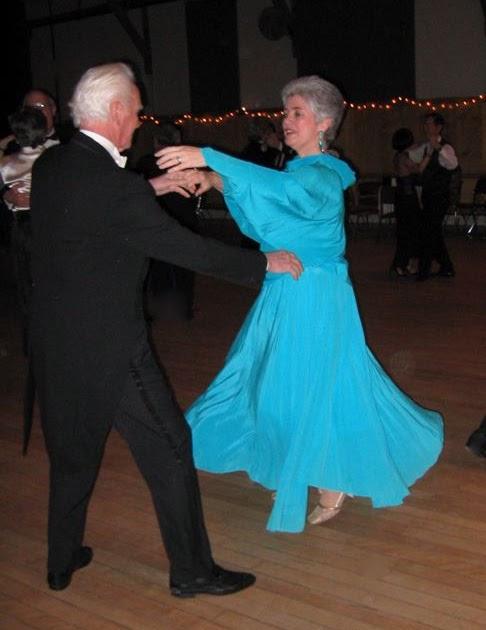 Bailes de sal n waltz vals ingl s o lento for Battlefield 1 salon de baile